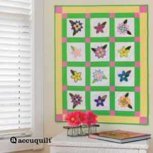 GO! Blooming Bunch Wall Hanging Pattern (Lifestyle)