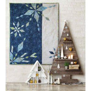 GO! Sparkling Snow Diamonds Wall Hanging Pattern (lifestyle)