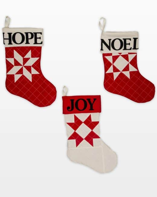 q11652-traditionalchristmasstockings-flat-web