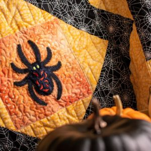pq11670-go_halloween_medley_quilt