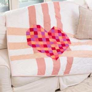 pq11835-go_-heart-weave-throw-quilt_lifestyle_web