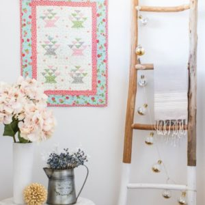 pq11805-go-bitty-blooms-wall-hanging_lifestyle_web